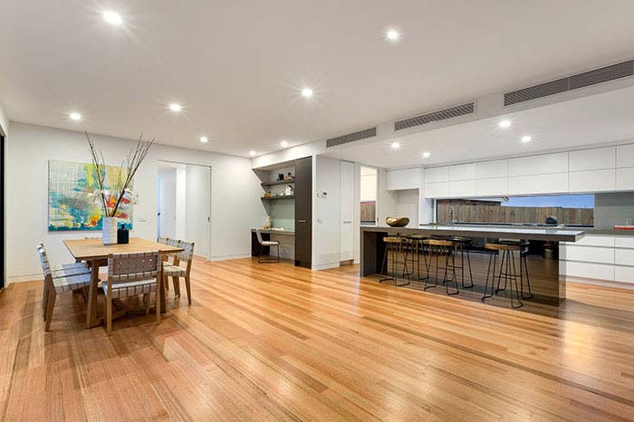 Kitchen and dining room Doncaster East
